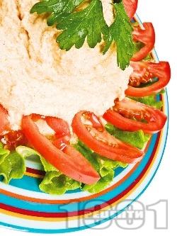 Коротоз - предястие / разядка / салата с извара, лук и червен пипер - снимка на рецептата